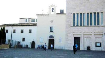 20111022010122-4.-convento-capuchinos.jpg